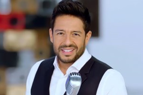 Mohamed Hamaki Ft.Perry Mystique -Ahla Haga